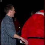 Zeit zu gehen, der Nikolaus hat noch einen weiten Weg vor sich, tschüss, bis zum nächsten Jahr.