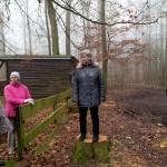 4) Helga Möller stieg aufs Treppchen, um die Wanderer zu begrüßen.
